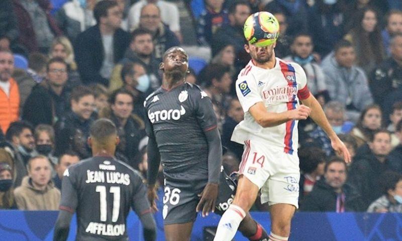 Afbeelding: Denayer scoort in Lyon-overwinning tegen AS Monaco