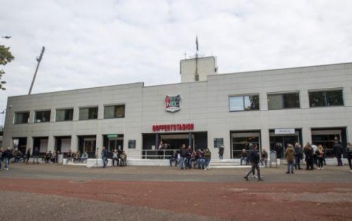 'Rellen rond De Goffert na NEC-Vitesse: politiebus kapot, verslaggever bedreigd'