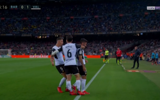 GOAL: Barcelona komt al na vier minuten in de problemen tegen Valencia