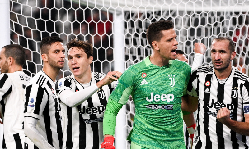 Afbeelding: Allegri lacht, Mourinho huilt: Juventus wint topper van AS Roma