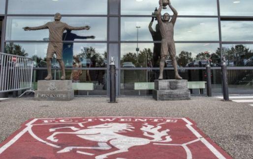 Twente-fan sjouwt 48 (!) biertjes mee en gaat viral: 'Driehonderd volgverzoeken'