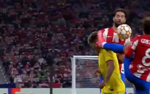 Twee karatetrappen in de Champions League: Griezmann krijgt rood, Ibrahimovic niet