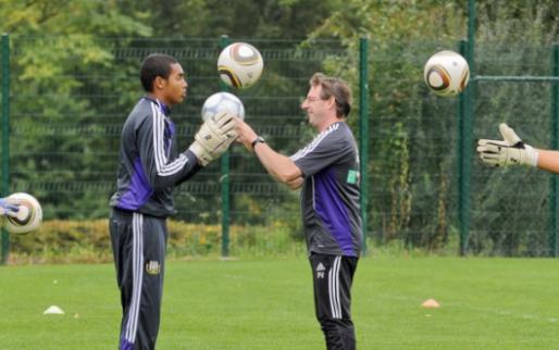 'Standard en Anderlecht top van België in onderzoek naar jeugdopleidingen'