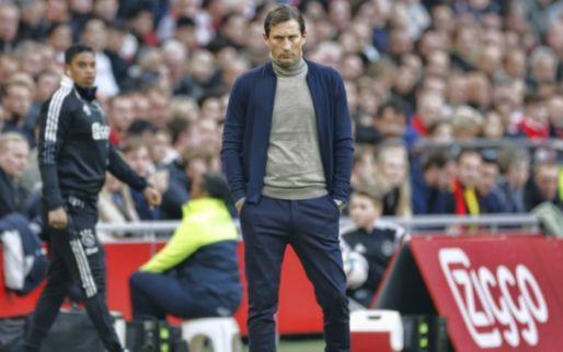 Gerbrands krijgt een 'dringend' appje van PSV-supportersclub: 'Schmidt, houdoe!'