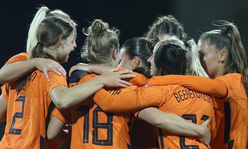 Afbeelding: Oranje Leeuwinnen kennen eerste drie obstakels tijdens verdedigen EK-titel
