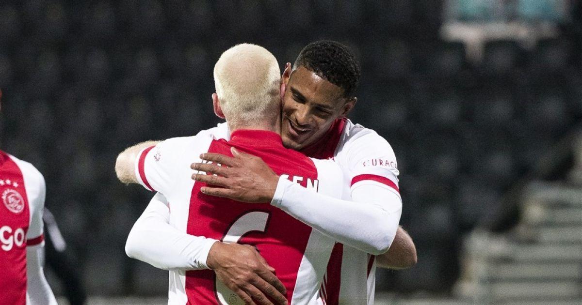 Haller moet lachen om uitspraak van Klaassen: 'Nou, daar ben ik lekker mee' - VoetbalPrimeur.nl