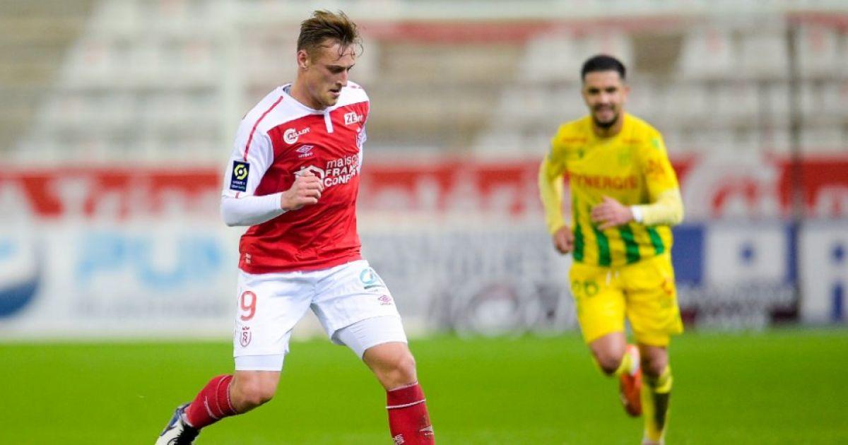 Sierhuis waarschuwt Ajax: 'Qua speelstijl te vergelijken met PSV, maar dan beter' - VoetbalPrimeur.nl