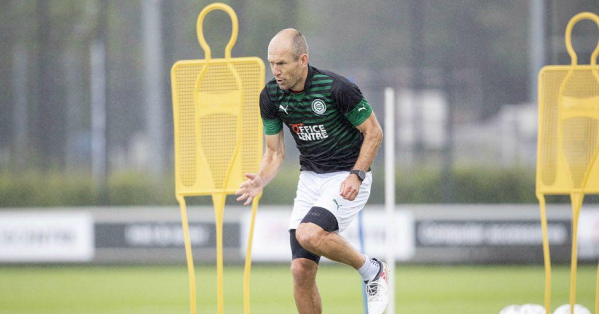 Weer kleine stap voorwaarts voor Robben: 'Ging hij slidings maken bij de rondo' - VoetbalPrimeur.nl