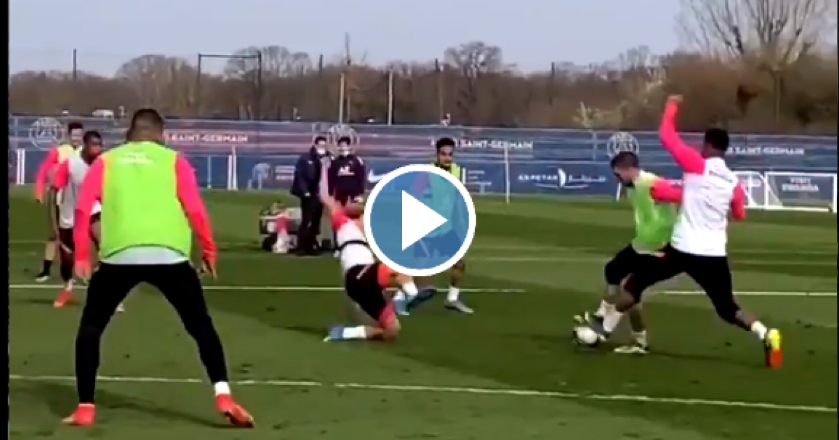 Verratti dolt Simons en domineert tijdens training: PSG'ers vliegen alle kanten op - VoetbalPrimeur.nl
