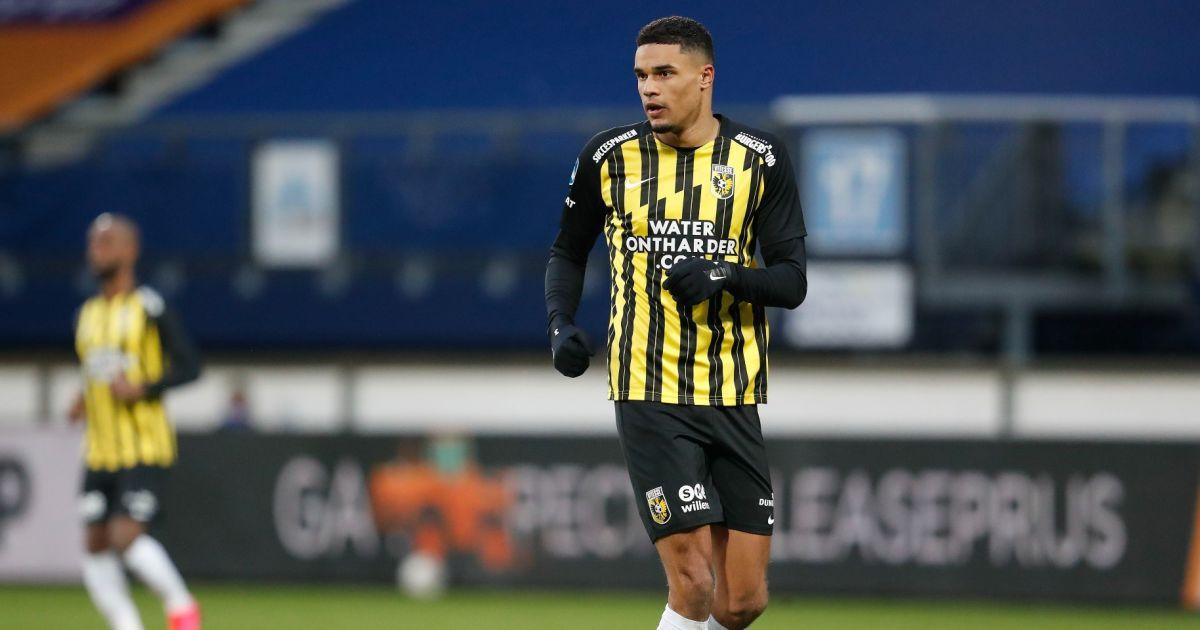 Vitesse heeft nieuw plan om Giakoumakis af te stoppen: 'Voelen dat we terug zijn' - VoetbalPrimeur.nl