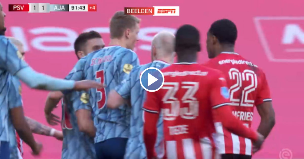De beelden: ruzie tussen Tadic en Dumfries, Ajax- en PSV-spelers grijpen in - VoetbalPrimeur.nl
