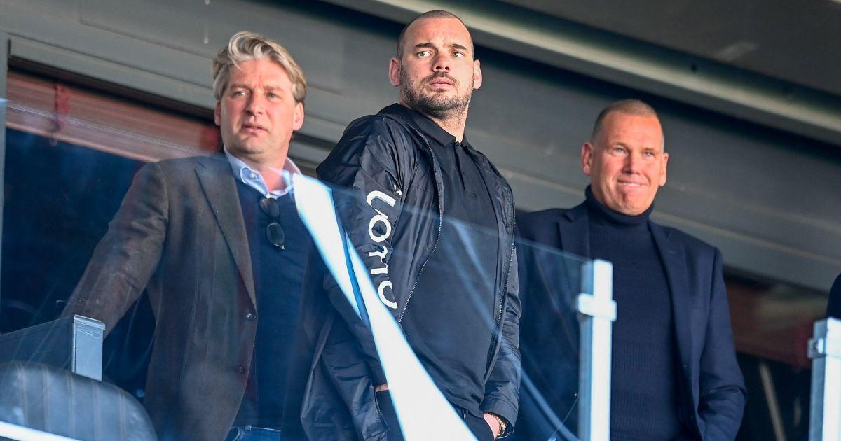 Sneijder-plannen in de ijskast: 'Die 1 euro is maar de halve waarheid' - VoetbalPrimeur.nl