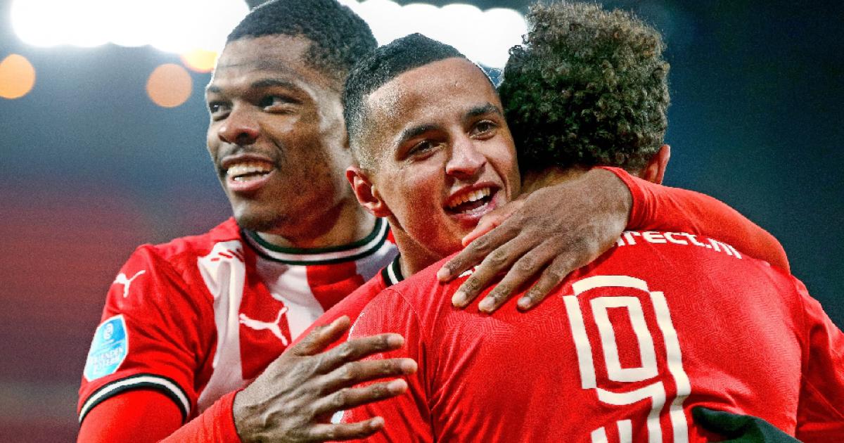 'Ihattaren is een fijne jongen die lacht en plezier heeft, we moeten hem helpen' - VoetbalPrimeur.nl