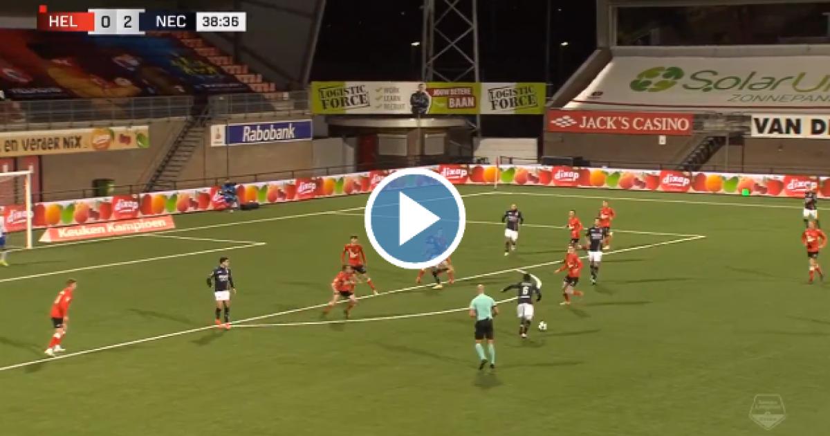 Beter kan bijna niet: bal van 25 meter recht in de kruising in KKD - VoetbalPrimeur.nl