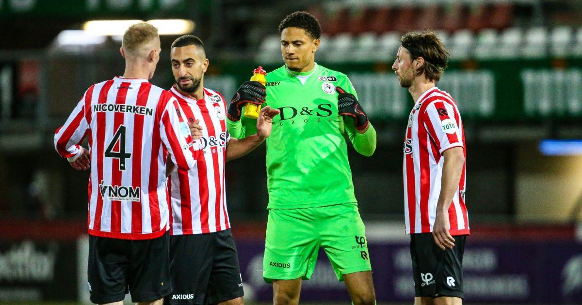 'Ik denk dat het maar een gerucht is, maar Ajax-link is leuk om te horen' - VoetbalPrimeur.nl