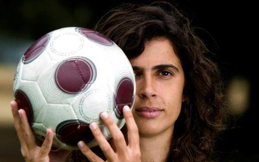 Afbeelding: Franse tweedeklasser luidt nieuw tijdperk in en stelt vrouw aan als hoofdcoach