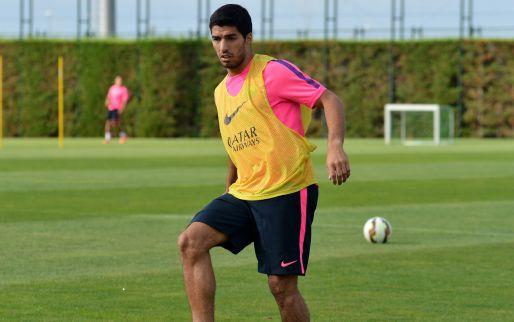 Afbeelding: Barcelona-debuut Suarez 'toetje' in Catalaanse sterrenshow