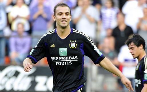 Afbeelding: Ex-aanvoerder van Anderlecht haalt uit: