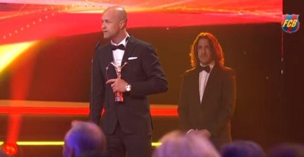 Kippenvel: indrukwekkende speech Jordi Cruijff bij Laureus Awards