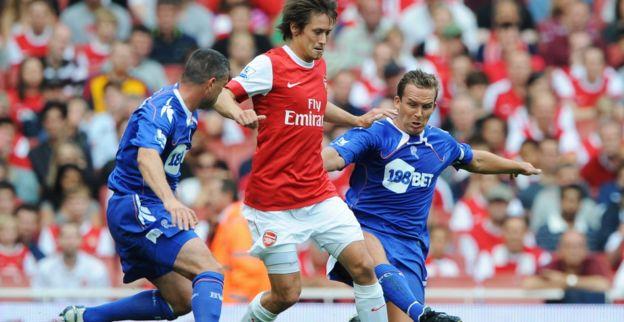 Rosicky keert na tropenjaren bij Dortmund en Arsenal terug op oude nest