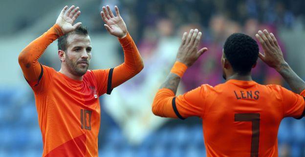 Van Gaal haalt Van der Vaart last minute bij Nederlands elftal