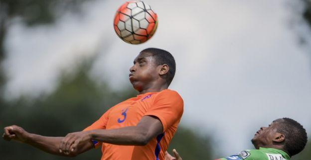 Oud-Ajacied naar PSV: 'De laatste duels heb ik twee keer gescoord, dat werd tijd'