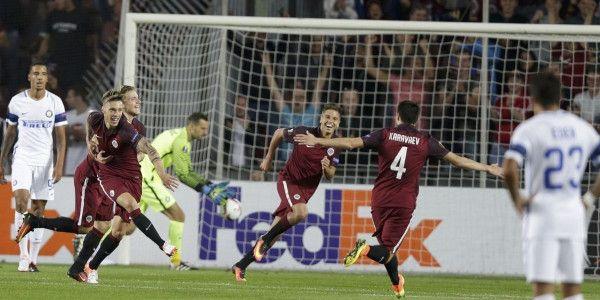 Wéér Europese rampavond voor De Boer en Inter; eerste doelpunt Maher