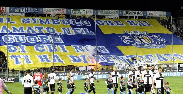 Voorzitter Parma furieus na straf: Voor mij eindigt het voetbal vandaag