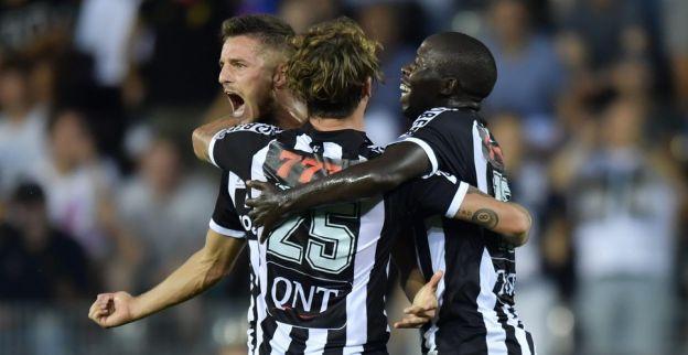 Charleroi is de nieuwe leider na spektakelrijke wedstrijd tegen Eupen