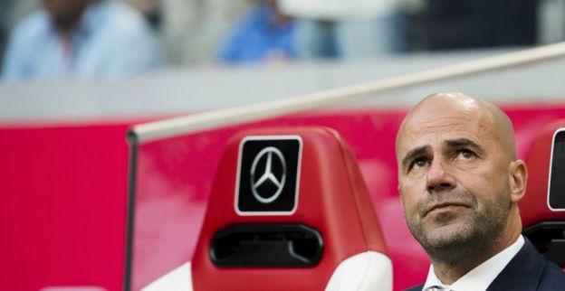Bosz bekeek concurrent in de bus: Dit is natuurlijk geluk geweest van Feyenoord
