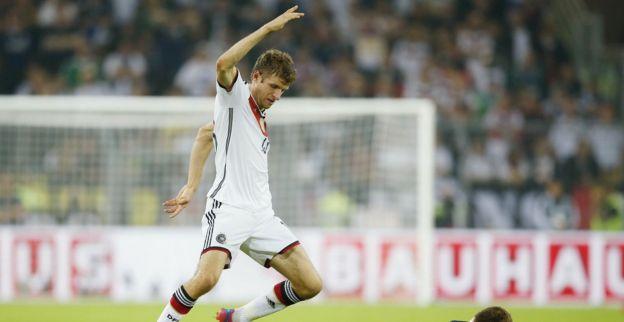 Schotland maakt het Duitsland heel lastig, net geen dubbele cijfers voor Polen