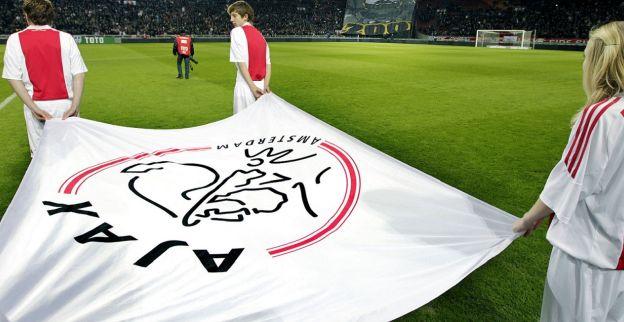 'Ajax deed pogingen om jonge aanvallers van Barcelona los te weken'