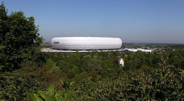 Bayern-directeur draait 180 graden: We kunnen honderd miljoen betalen