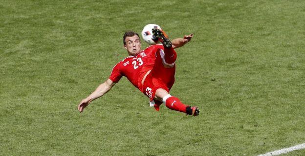 Shaqiri reageert op Dortmund-geruchten: 'Wil volgend jaar meer scoren'