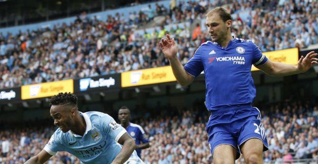 'Furieuze Mourinho grijpt hard in: Servische 'tank' wordt kind van de rekening'