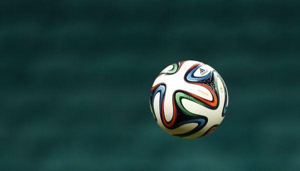 Afbeelding: Croky Cup: Lokeren met moeite voorbij Cercle, Kortrijk voorkomt blamage