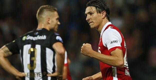 In het kort: Rivaldo zet club te koop, bizar geel Messi blijft staan, De Jong terug