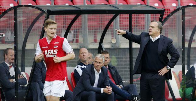 Advocaat kiest voor nieuwe AZ-backs tegen RKC Waalwijk