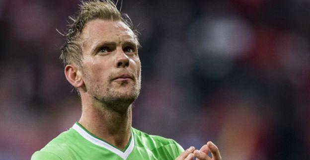 'PSV krijgt spoedig meer duidelijkheid over ernst blessure van De Jong'