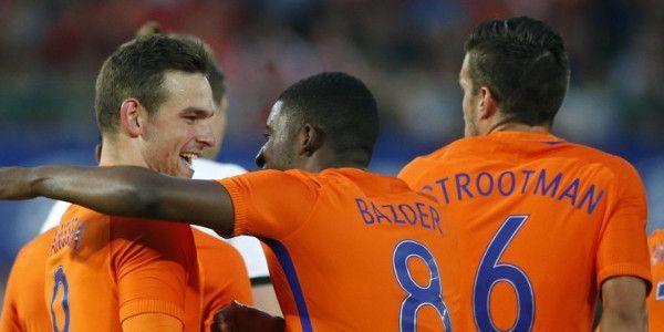 Janssen heeft nieuwe transferoptie in Londen én is welkom bij Mourinho