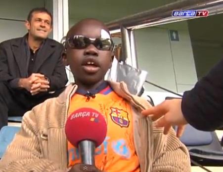 Blinde jongen (9) bij Barcelona
