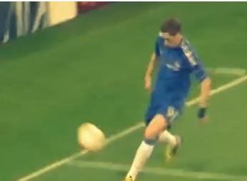 Torres struikelt over eigen benen