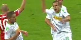 Gladbach-speler faalt: 2 penalty's in 1 minuut