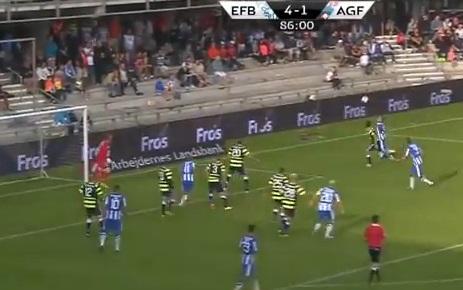 Andersen kopieert Van Basten