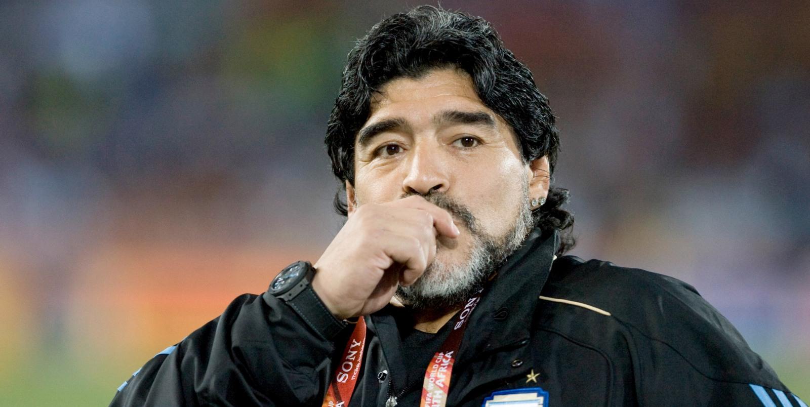 Maradona droomt van trainersrol bij FC Barcelona