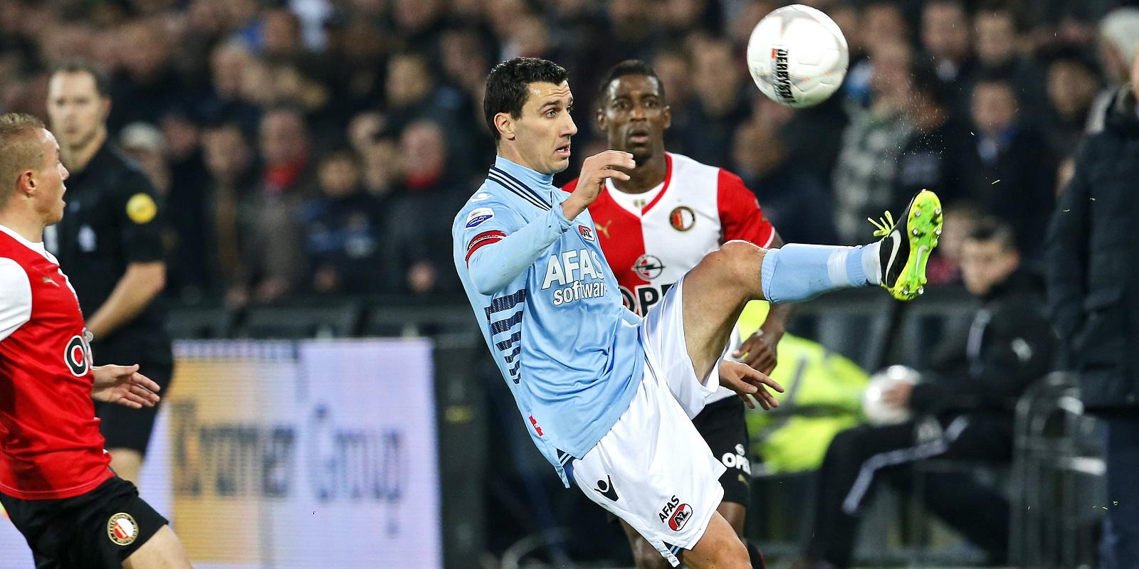 Martens: Sluit Ajax op dit moment uit