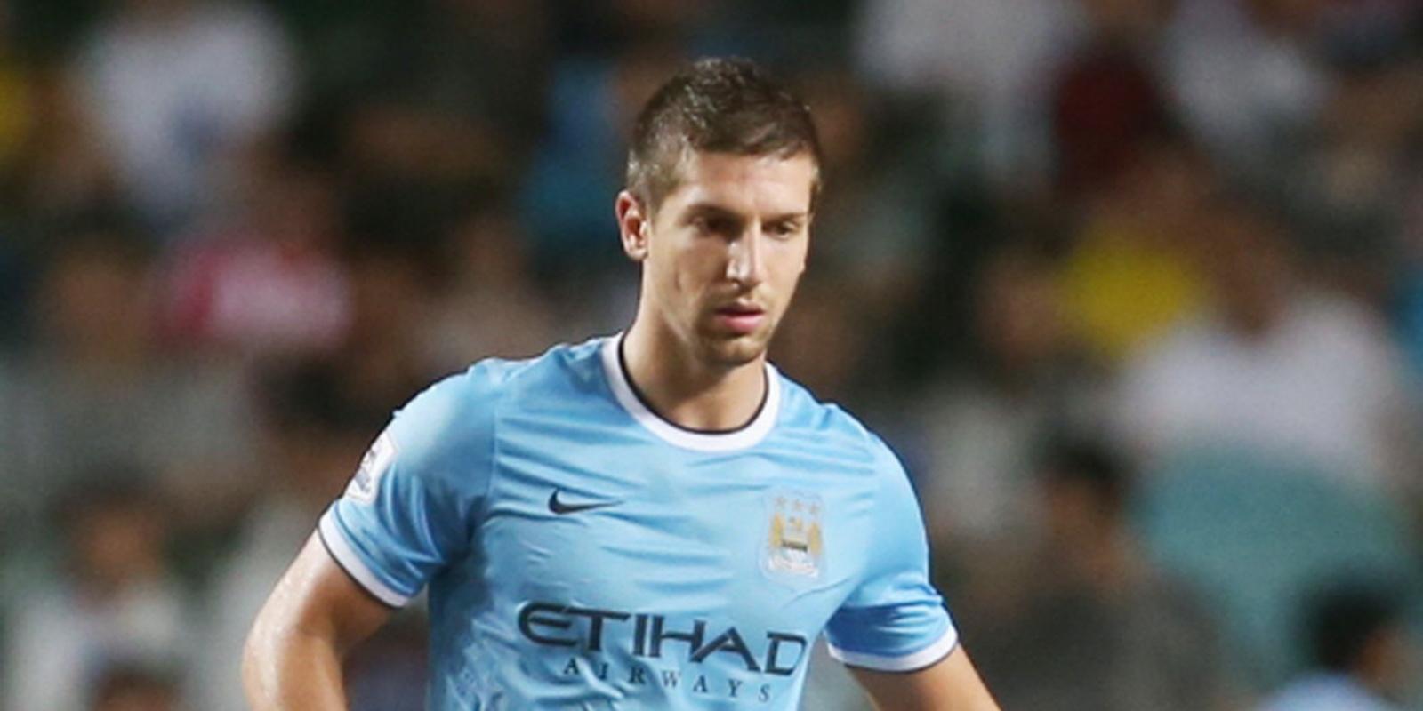 Man City weken zonder verdediger Nastasic