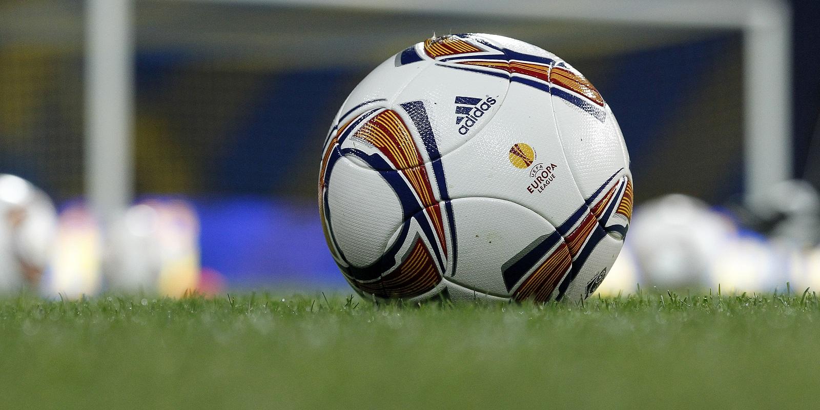 Santander verrast Almeria in achtste finales
